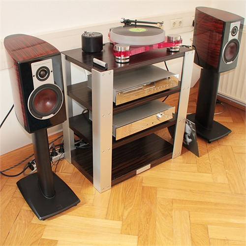 burmester v1 hochwertiges massives hifi rack mit 4 b den. Black Bedroom Furniture Sets. Home Design Ideas