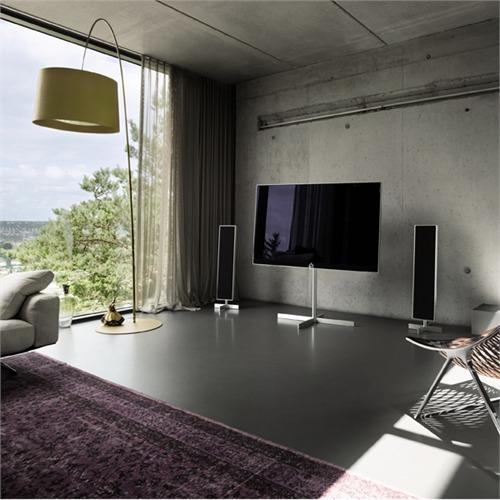 loewe reference 55 39 39 uhd in aluminium silber 4k smart tv 55 39 39 aussteller einzelst ck. Black Bedroom Furniture Sets. Home Design Ideas